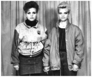 Модники из 90-х мы одевались как могли